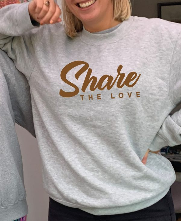 Share the Love – Beautiful superior quality O'l Faithful Grey Sweatshirt including Free Delivery